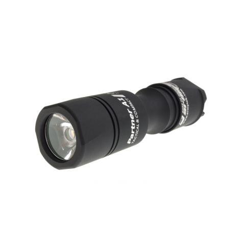 Фонарь Armytek Partner A1 v3 XP-L (тёплый свет)